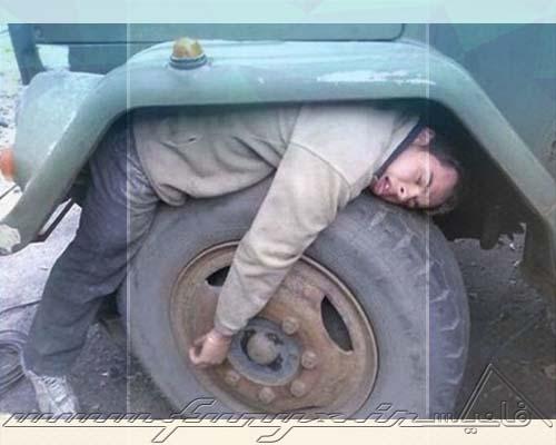 عکس های بسیار خنده دار از خوابیدن در شرایط سخت