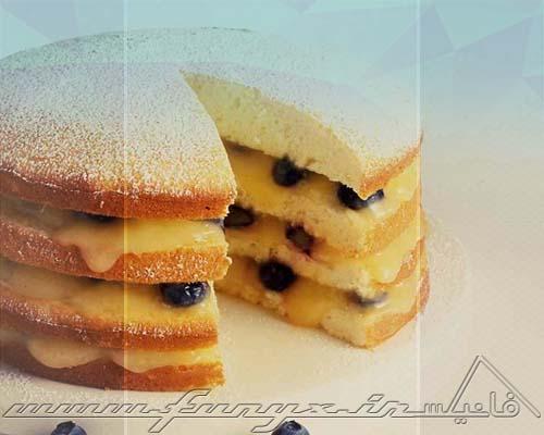 طرز تهیه کیک لایه ای لیمو با کرم مخصوص و بلوبری